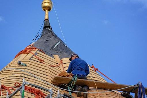 L'isolation de votre toiture par l'extérieur grâce à un couvreur sérieux post thumbnail image